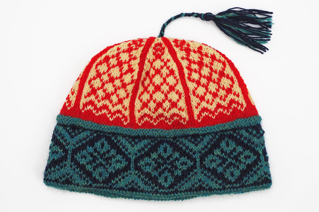 Image of hat with tassel